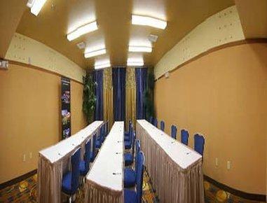 фото Baymont Inn & Suites Las Vegas 488794124