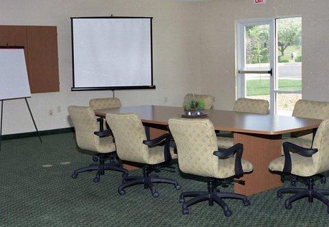 фото Fairfield Inn & Suites Mount Vernon Rend Lake 488795483