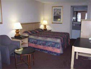 фото Red Roof Inn Atlanta - Norcross 488795692