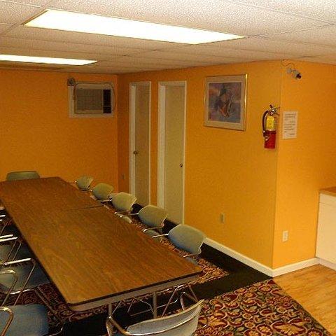 фото College Inn Spartanburg 488796615