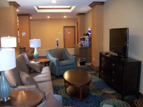 фото Holiday Inn Express - Cortland 488797535