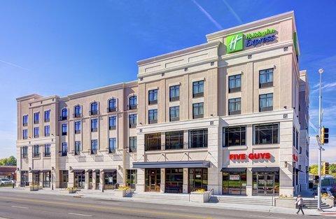 фото Holiday Inn Express Kansas City KU Medical Center Hotel 488799147