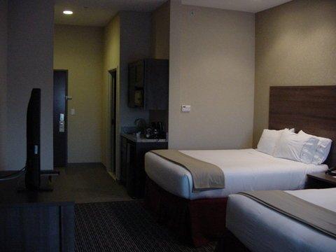 фото Holiday Inn Express & Suites Fredericksburg 488799810