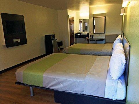 фото Motel 6 Longview North 488802724