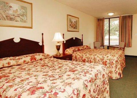фото Econo Lodge Jefferson City 488805487