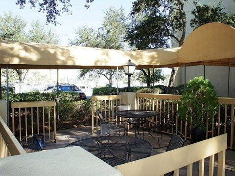 фото La Quinta Inn & Suites Charleston Riverview 488812356