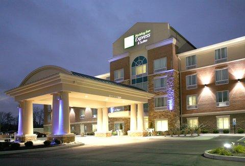 фото Holiday Inn Express Hotel & Suites Cincinnati - Mason 488813237
