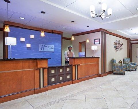 фото Holiday Inn Express Hotel & Suites Cincinnati - Mason 488813238