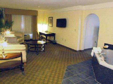 фото La Quinta Inn & Suites Dodge City 488817525