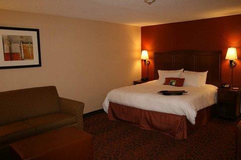 фото Hampton Inn & Suites New Castle 488820784