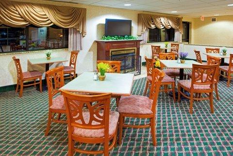 фото Holiday Inn Express I-95 Capitol Beltway - Largo 488820818