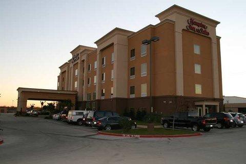 фото Hampton Inn & Suites Corsicana 488821806