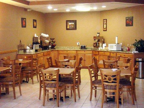 фото La Quinta Inn Fort Collins 488824177
