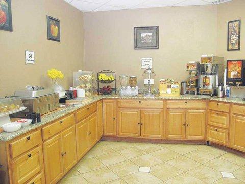 фото La Quinta Inn Fort Collins 488824178