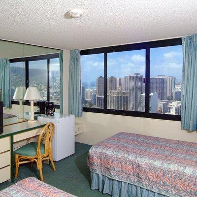 фото Maile Sky Court Waikiki 488827713
