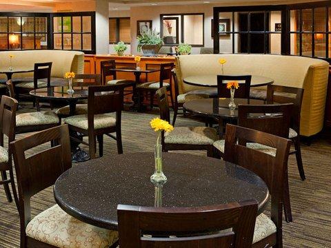 фото La Quinta Inn & Suites Garden City 488829809
