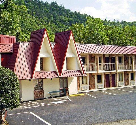 фото Motel 6 Gatlinburg Smoky Mountains 488834044
