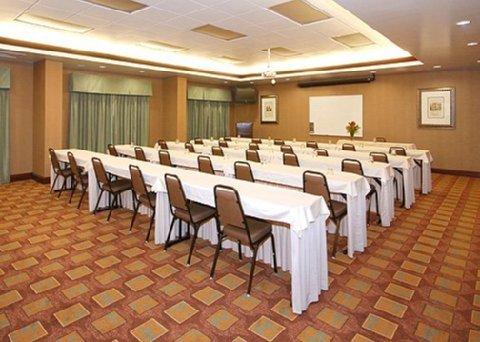 фото Comfort Suites Olive Branch 488834308