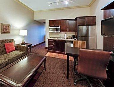 фото Hawthorn Suites by Wyndham West Palm Beach 488837089