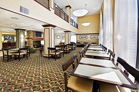 фото Holiday Inn Express Hotel & Suites Phoenix-Glendale 488837912