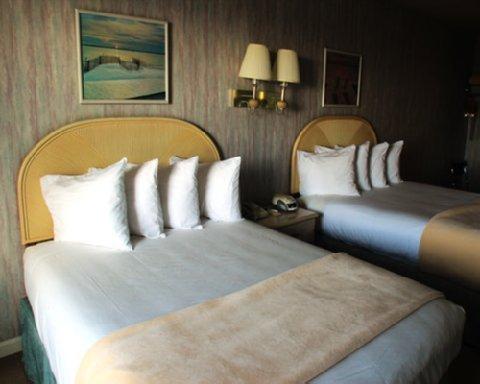фото Surf And Sand Lodge 488838474