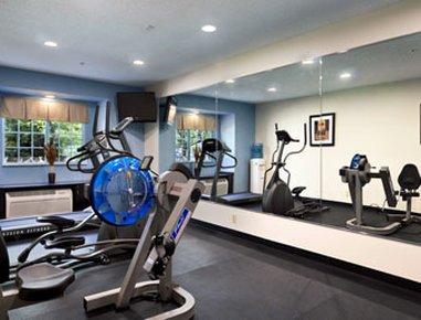 фото Microtel Inn & Suites Bath 488842374