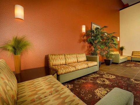 фото La Quinta Inn & Suites Smyrna Tennessee - Nashville 488843010