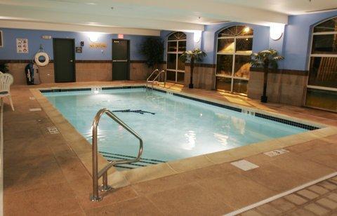 фото Holiday Inn Express Woodbridge 488843376