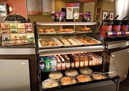 фото Cambria Suites Savannah Airport 488844426