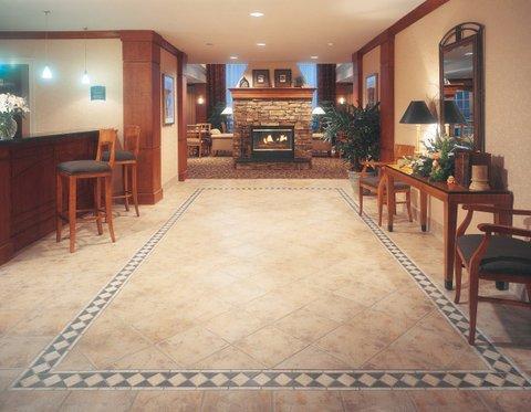 фото Staybridge Suites Fort Wayne 488853420