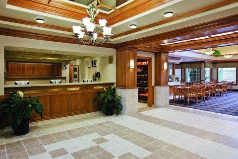 фото Hyatt Summerfield Suites - Gaithersburg 488855399