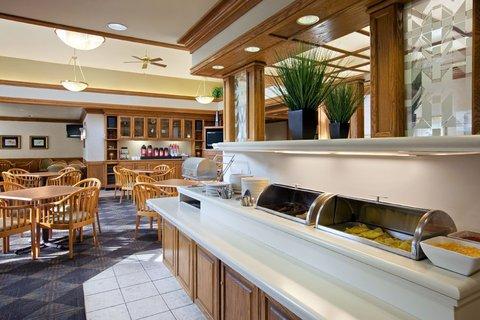 фото Hyatt Summerfield Suites - Gaithersburg 488855406