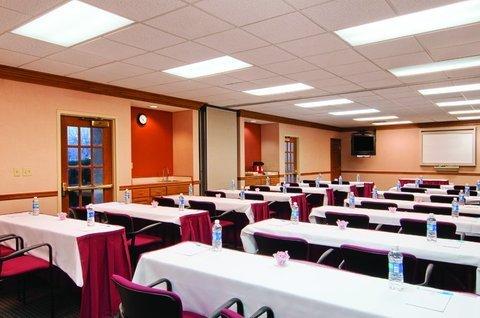 фото Hyatt Summerfield Suites Dallas/Addison 488856102