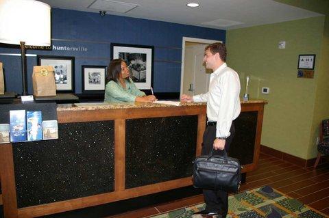 фото Hampton Inn & Suites Huntersville 488860017