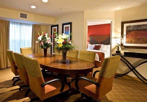 фото Residence Inn Phoenix Glendale Sports 488861713