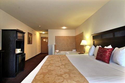 фото B/W Legacy Inn & Suites Beloit/South Beloit 488863228
