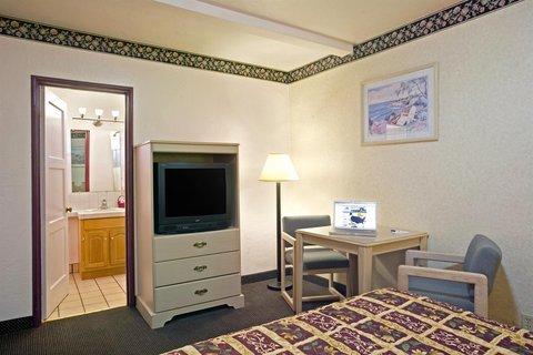 фото Americas Best Value Inn & Suites Santa Cruz 488865129