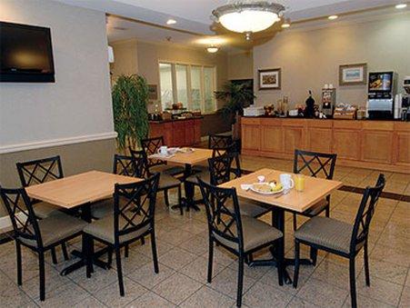 фото Cumberland Island Inn & Suites 488873244