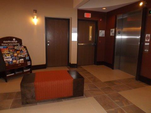 фото Holiday Inn Express Pittsburgh - Munhall 488873335