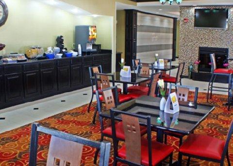 фото Comfort Inn & Suites Glenpool 488874074