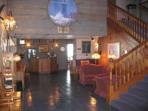 фото Lighthouse Inn - Two Rivers 488878270