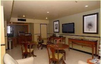 фото Historic Downtowner Inn 488879750
