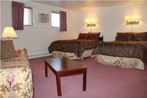 фото Berkshire Inn 488881056