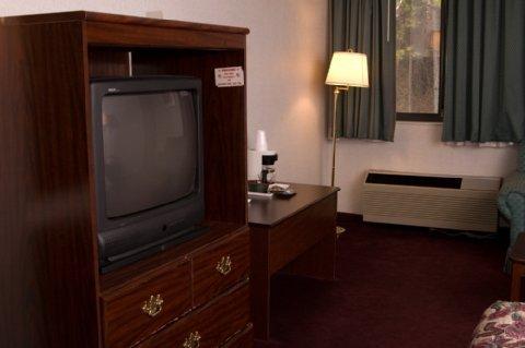 фото AMBERLEY SUITES HOTEL-NORCROSS 488883252