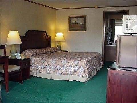 фото America`s Best Inn Troy 488883272