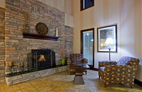 фото Holiday Inn Express Wisconsin Dells 488886146