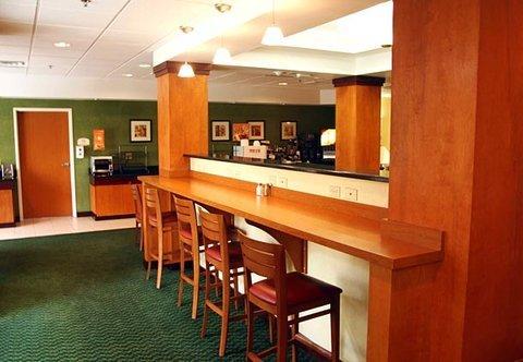 фото Fairfield Inn & Suites Roanoke North 488887404