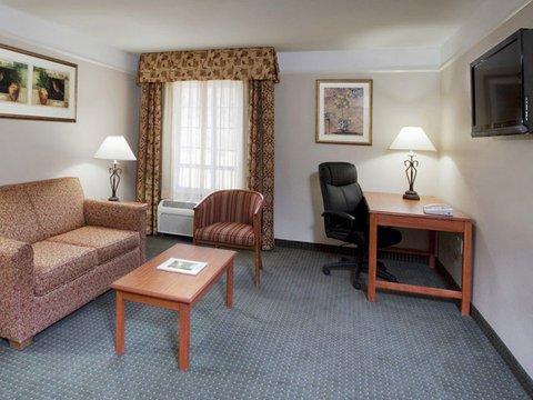 фото La Quinta Inn & Suites Ruidoso Downs 488888641