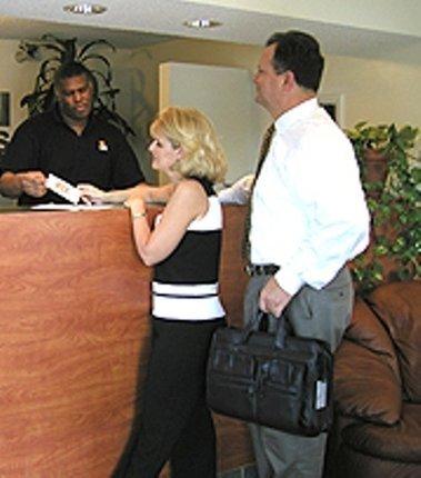 фото Sun Suites of Dallas Garland 488890064