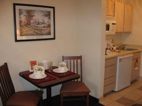 фото Sun Suites of Duluth, Gwinnett County 488890372